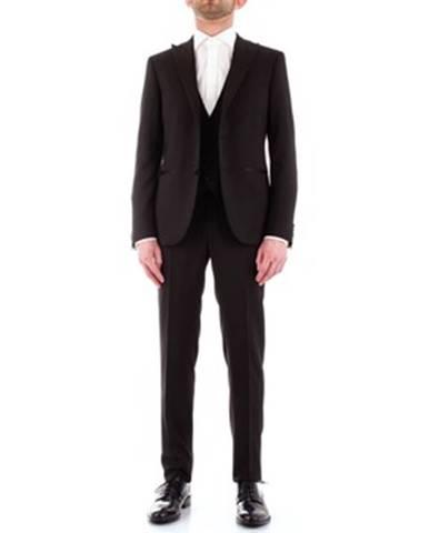 Čierny oblek Corneliani