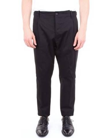 Čierny oblek Messagerie