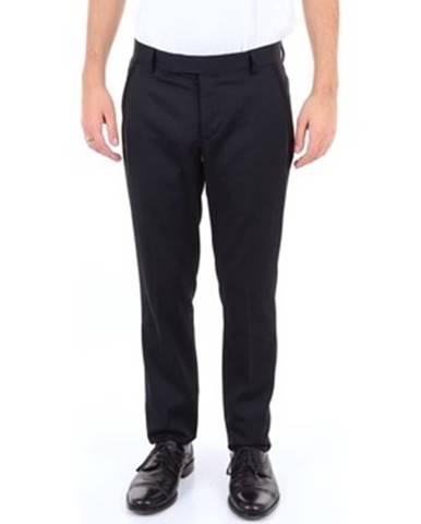 Čierny oblek Futuro