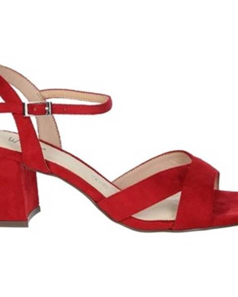 Červené sandále Menbur