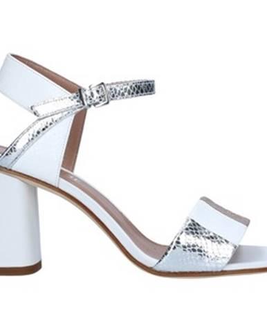 Strieborné sandále Tres Jolie