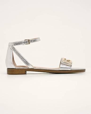 Strieborné sandále Guess Jeans