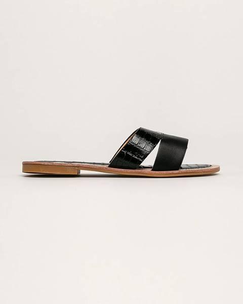 Čierne sandále Answear