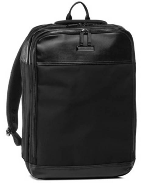 Čierny batoh