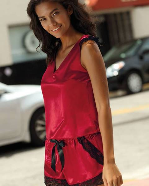 Červené pyžamo Excellent Beauty