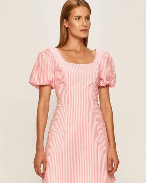 Ružové šaty Glamorous