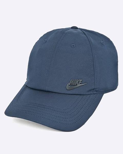 Tmavomodrá čiapka Nike Sportswear